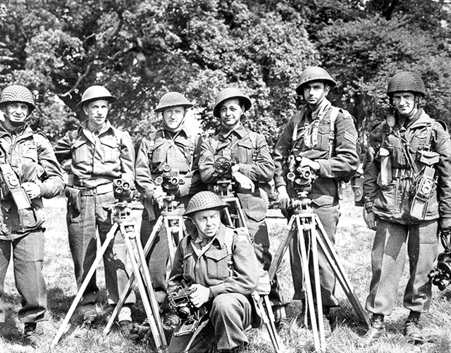 Photographers of No.3 PRG assigned for 1st wave of invasion; shown on eve of D-Day. (LAC PA# 166305)